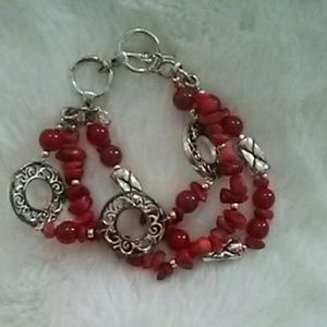 Jewelry - Bracket red and silver